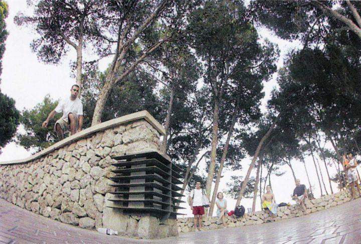 Flip grab en el salto de Magalluf. Miguel Urbina.