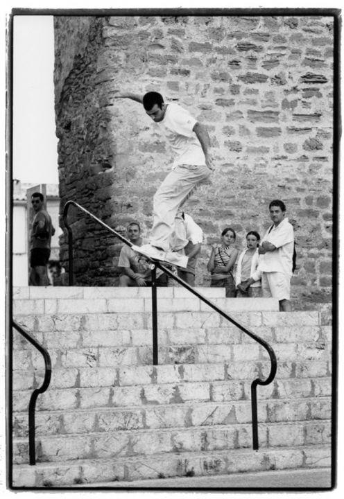 Frontside slide en el Handrail de la iglesia de Alcudia. Miguel Urbina.