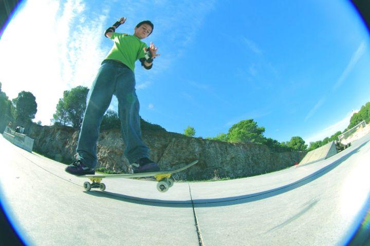 Carlos haciendo manual sk8park cala rajada fotocarlos padre