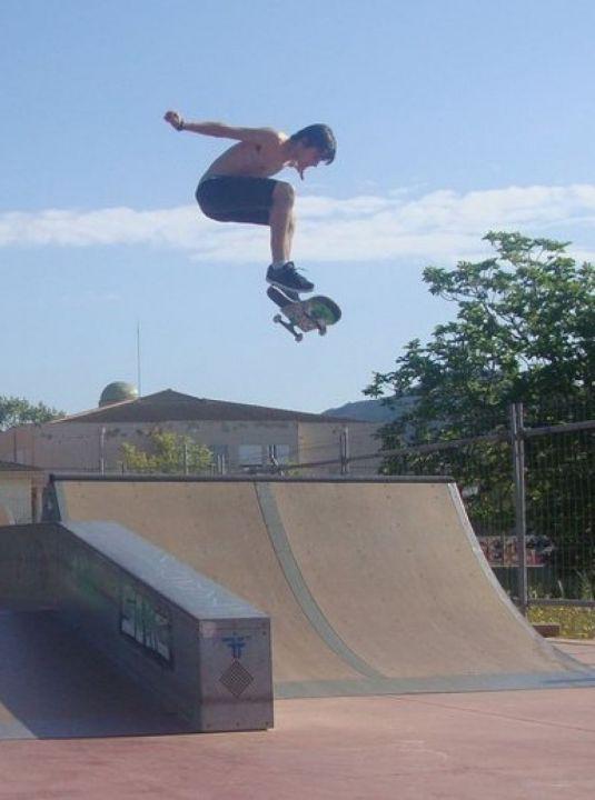 Flip skatepark santa pona