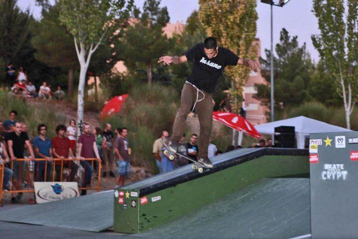 Toni ortega bs pivot hubba del skatepark cuenca