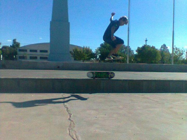 Ollie 1 skate poca distancia