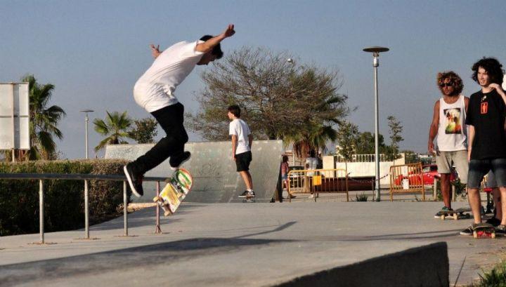 Benjamin thompson flip 360 felanitx skate core 2012