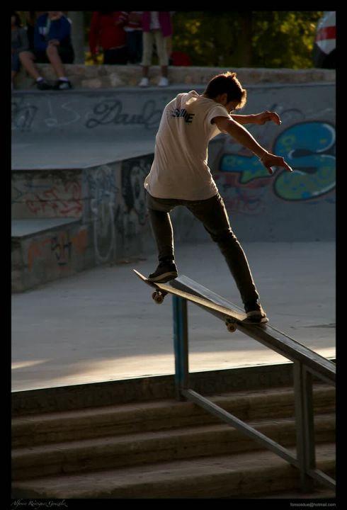 Camilo Agudelo frontside nose slide handrail Sa Riera.
