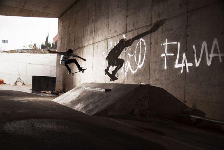 Dan Florit, ollie to fakie en Lithica, Ciudadela.