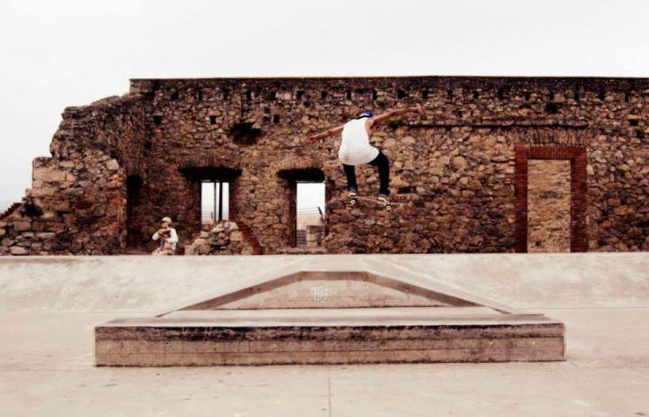 Lucho en el skatepark de Gijón. Foto por: Sebas Franceschi Fernández