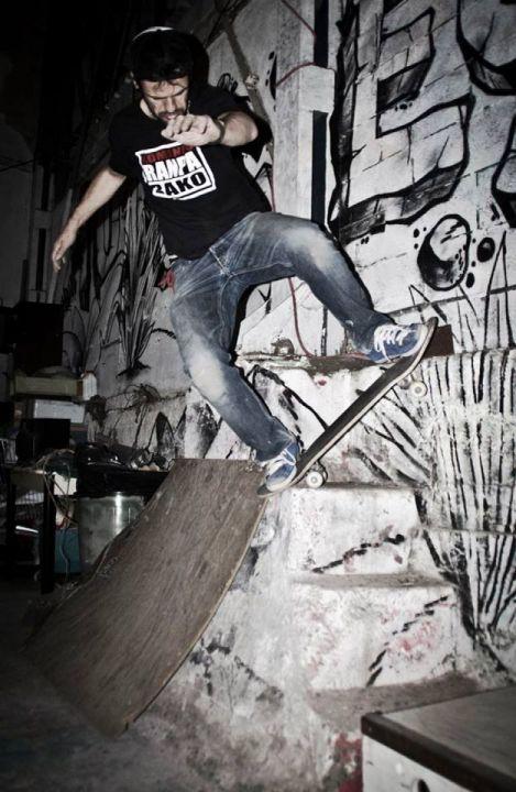 Wallride a blunt de Sapi Lekeitio en Udondo Skatetxea