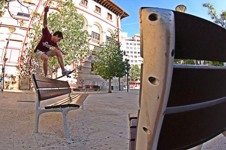 Alex Luque. Fs.Board en plaza del tubo, Palma de Mallorca 2015